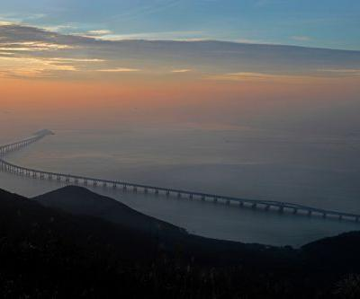 World's longest sea bridge has nearly 5 times more metal than Golden Gate Bridge
