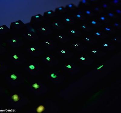 Razer Xbox One mouse and keyboard set for CES 2019 reveal