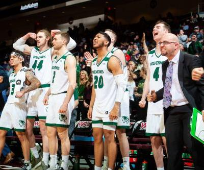 Toolson scores 21 to lift Utah Valley over UMKC 71-64 in WAC Tourney