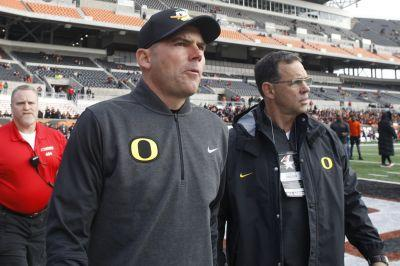 Oregon fires Mark Helfrich after 4-8 season