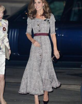 Fall's Velvet Shoe Trend Is Literally Fit For A Royal - Just Ask Kate Middleton