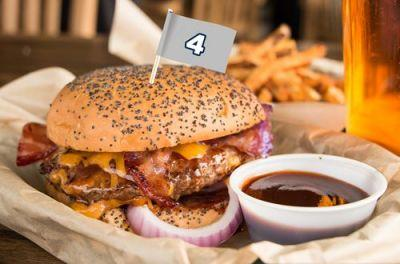 Dakburger Named to Snuffer's All-Pro Burger of the Month Lineup