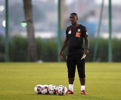 Coach Seedorf seeks redemption with Cameroon after club failures
