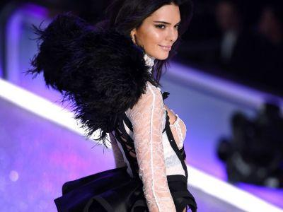 Kendall Jenner Gives Kanye Health Update From Victoria's Secret Fashion Show