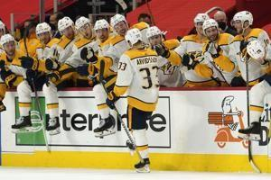 Surging Predators rout Red Wings 7-1 for 9th win in 10 games