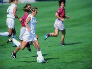 Girl Soccer Players Take More Chances After Concussions