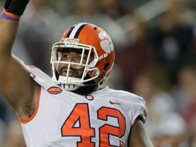 WATCH: Clemson DL Christian Wilkins scores touchdown as RB