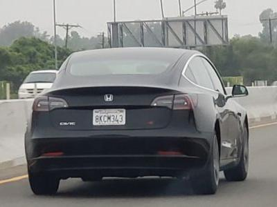 This Tesla Model 3 Badged as a 'Civic Si' Actually Kind of Works