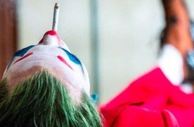 New Joker Photo Has the Clown Prince of Crime Taking a Smoke