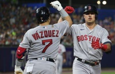 Red Sox hammer another 5 homers to down Blue Jays in Buffalo finale