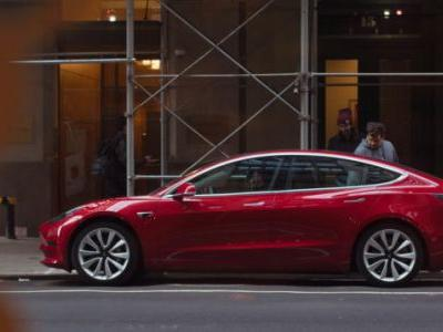Consumer Reports Says It Found 'Big Flaws' With The Tesla Model 3 And Won't Recommend It