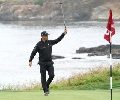 Watch: Gary Woodland ends Friday atop U.S. Open's leaderboard