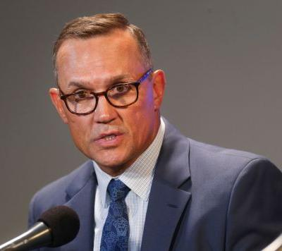 Steve Yzerman puts family first; will he end up back with Red Wings?