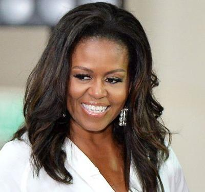 Michelle Obama's 2-Second Styling Trick Will Make All the Difference