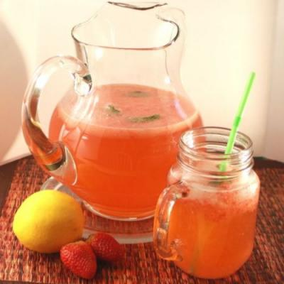 Easy Strawberry Lemonade Recipe