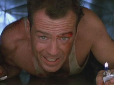 Bruce Willis Closes Roast With Declaration That Die Hard Isn't A Christmas Movie