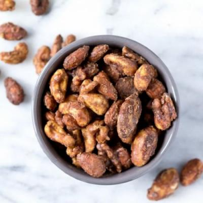 SLOW COOKER CANDIED SPICED NUTS