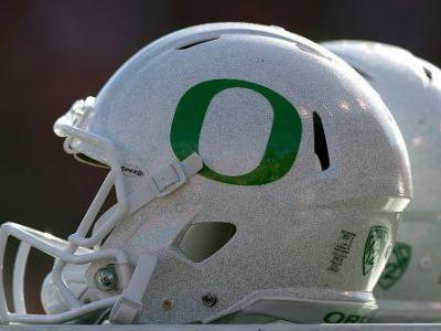 Oregon AD Rob Mullens reportedly sticking with Ducks, won't pursue Texas A&M gig