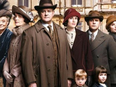 Downton Abbey Movie Actually Happening; Original Cast Set To Return