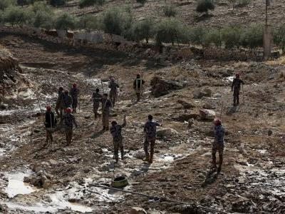 Death toll in Jordan flood up to 13 after girl's body found