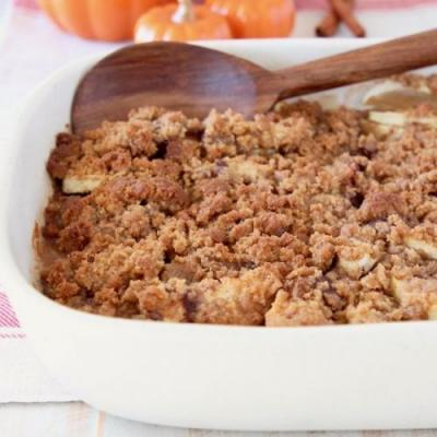 Pumpkin Spice Apple Crumble