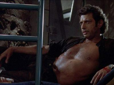 A Giant Jeff Goldblum Statue Has Been Erected in London
