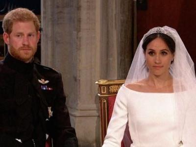"""Fans Are Dragging Meghan Markle for Having """"Messy Hair"""" on Her Wedding Day"""