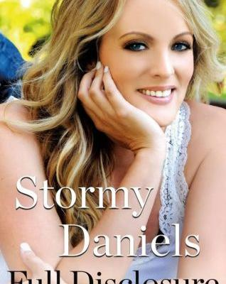 STORMY DANIELS Discusses Her Friendship With PANTERA, Says VINNIE PAUL's Death Hit Her 'Pretty Hard'