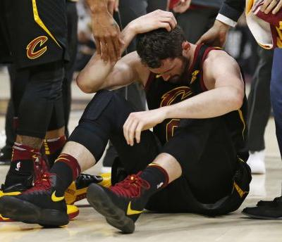 Cavaliers' Kevin Love will miss Game 7; LeBron not worried about leg