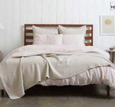You should be using linen sheets if you like to stay cool at night - these are the best ones for every price point