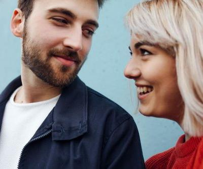4 Body Language Signs Your Date Wants A Second Date, According To Experts