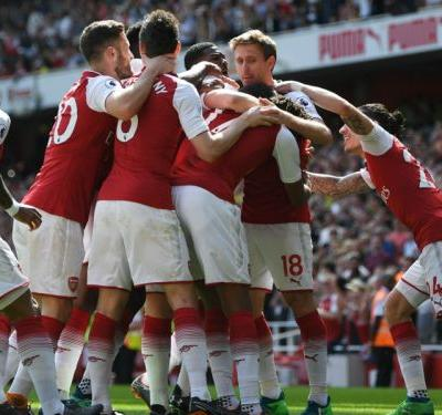 Arsenal 4 West Ham 1: Wenger's long farewell begins in style