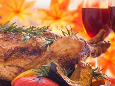 We Asked 11 Sommeliers: What Wine Are You Bringing to Thanksgiving?