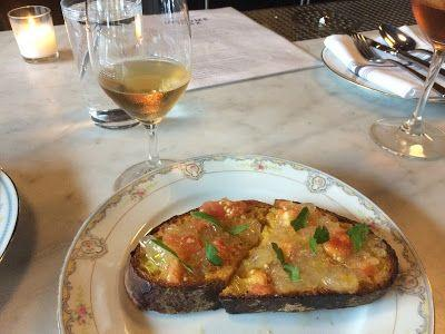 Eating & Drinking in Chicago: Income Tax to Estereo