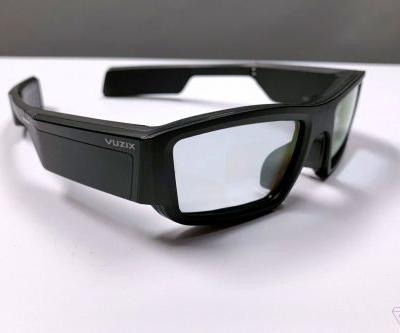 Vuzix starts selling its AR smart glasses for $999