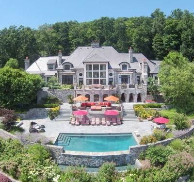 The most expensive house for sale in New Jersey is a sprawling $29.5 million estate with a private English-style pub, and it's only 25 miles from NYC