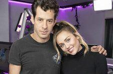 Miley Cyrus & Mark Ronson Take 'Nothing Breaks Like a Heart' and 'Happy Xmas ' to 'SNL'