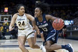 Samuelson leads way as No. 1 UConn women hold off No. 14 Cal