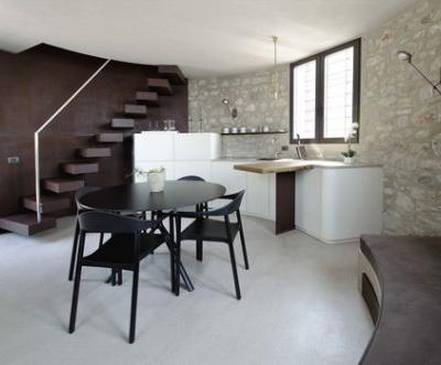A New Life for a Little Tower / studio aledolci&co