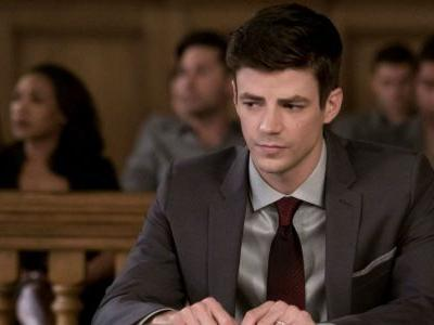 The Flash Midseason Premiere: Barry Should Reveal He's The Flash