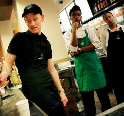 Starbucks baristas are freaking out that Howard Schultz's political aspirations will make their job even harder
