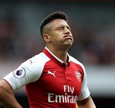 Manchester United January transfer news LIVE: Arsenal force Alexis to train alone