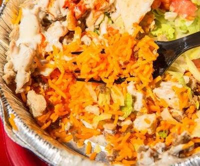 We tried the iconic New York chicken-and-rice chain that's expanding across the country - here's what it's like
