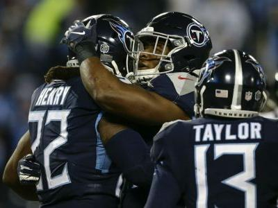 Derrick Henry credits Titans teammates for record game