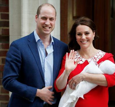 Kate Middleton just left the hospital with royal baby number 3, and it's eerily similar to her last 2 baby reveals