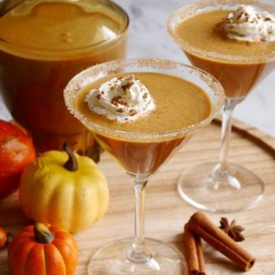 Pumpkin Spice Irish Cream Cocktail