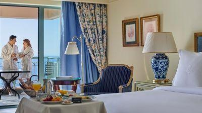 How To Spend Valentine's Day at Four Seasons Hotel Alexandria