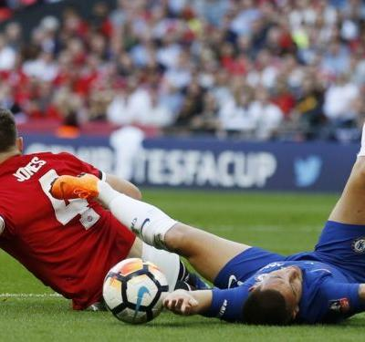 'A blind horse is better than Phil Jones' - Shocking tackle leaves Man Utd fans bewildered & Chelsea fans euphoric