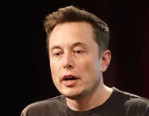 Elon Musk Reveals Tesla Bank Account in Europe has Negative Interest Rates | Real-Time Drop While CEO Imagines Crypto