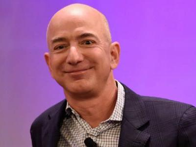 Amazon CEO Jeff Bezos explains his famous one-character emails, known to strike fear in manager's hearts